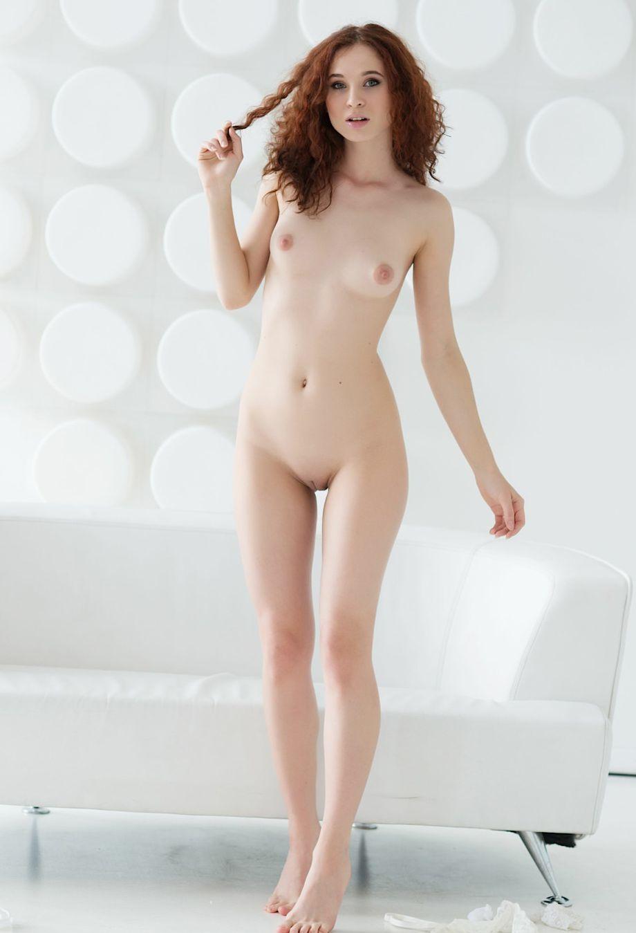 nudes-ruivas-gostosas-peladas-04
