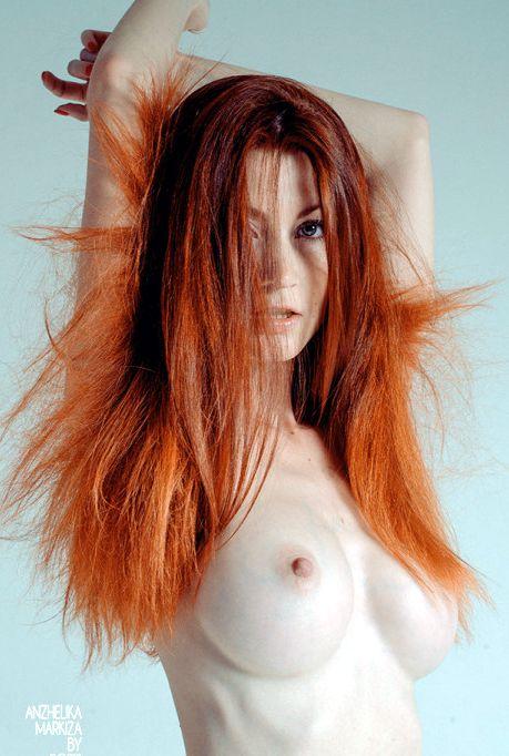 nudes-ruivas-gostosas-peladas-09