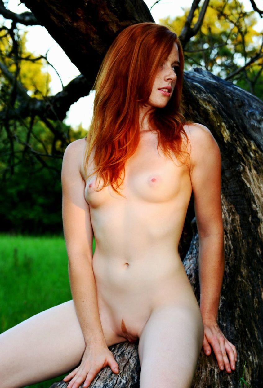 nudes-ruivas-gostosas-peladas-26