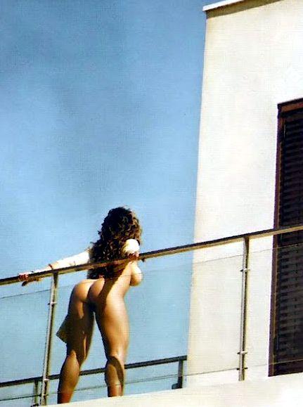 renata-frisson-mulher-melao-nua-playboy-35