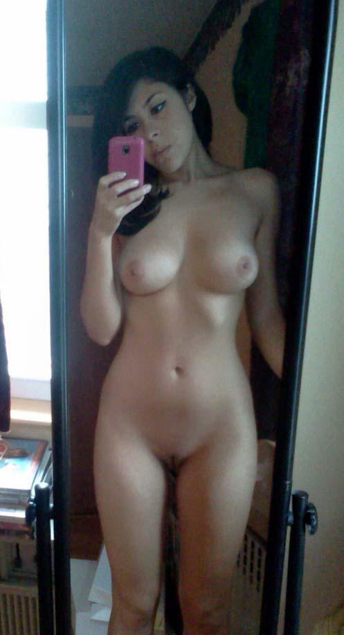 nudes-garotas-safadas-amadoras-selfie-nuas-25